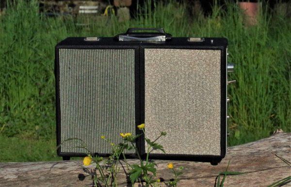 Enceinte-portable-vintage-de-thierrycreations-Domino-2-1.jpg