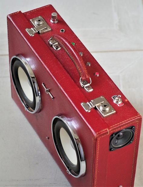 Enceinte-portable-vintage-de-thierrycreations-Red-Hot-3.jpg