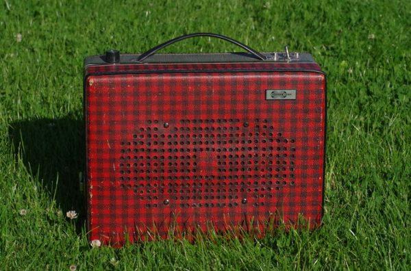 Enceinte-portable-vintage-de-thierrycreations-Sex-Pistols-2-1.jpg