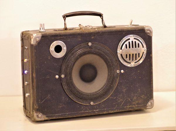 Enceinte-portable-vintage-de-thierrycreations-Trevox-3.jpg